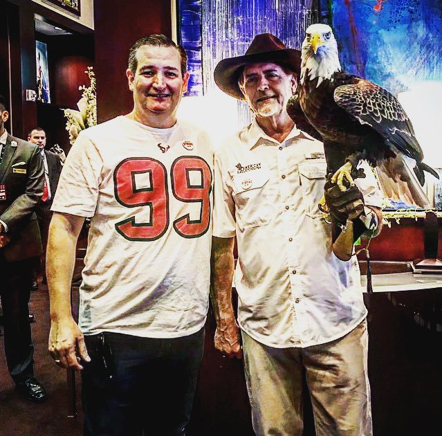 Ted Cruz in a shirsey